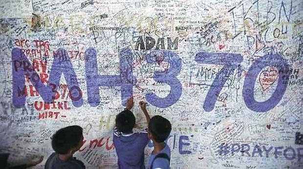 Australia considera extender la busqueda del MH370 hinh anh 1