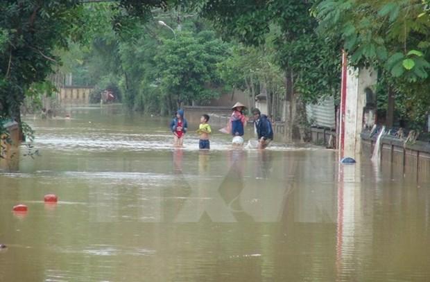 Al menos cuatro muertos por inundaciones en la region central de Vietnam hinh anh 1