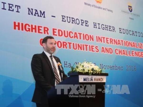 Celebran en Vietnam foro sobre educacion universitaria europea hinh anh 1