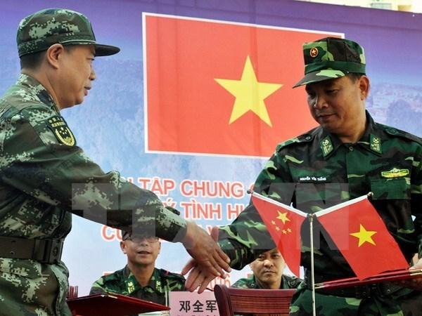 Vietnam y China realizan simulacro contra el terrorismo hinh anh 1