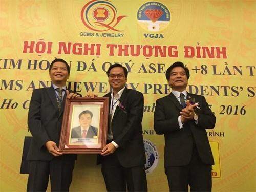 Vietnam acogio V Cumbre de Joyeria ASEAN+8 hinh anh 1