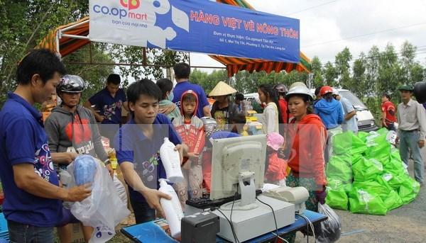 El 60 por ciento de consumidores vietnamitas prefieren productos nacionales hinh anh 1