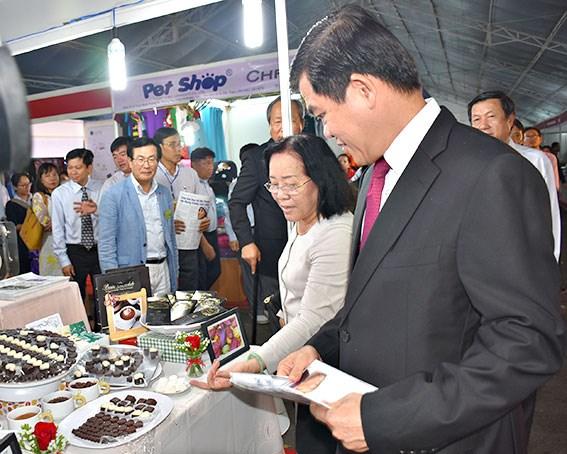 Empresas de Vietnam y Sudcorea firman varios acuerdos de cooperacion hinh anh 1