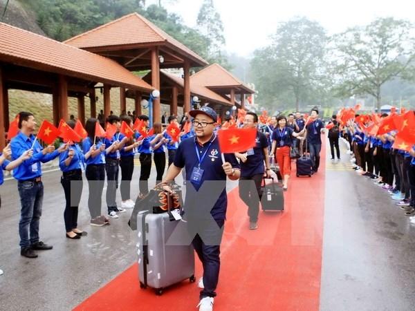 Union de jovenes comunistas vietnamitas atesora vinculos con contraparte china hinh anh 1
