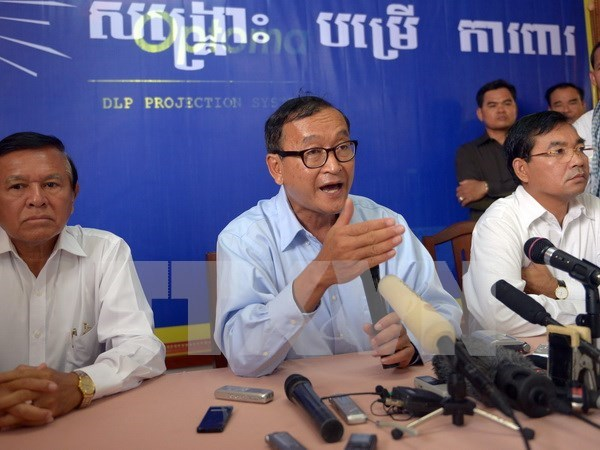 Multan a lider opositor de Camboya por difamacion hinh anh 1