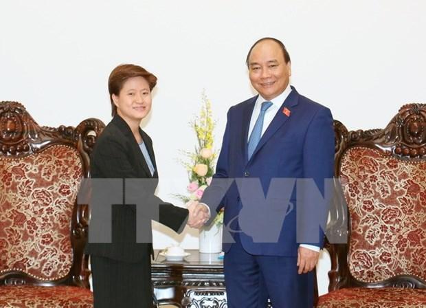 Premier de Vietnam propuso incrementar conexion economica con Singapur hinh anh 1