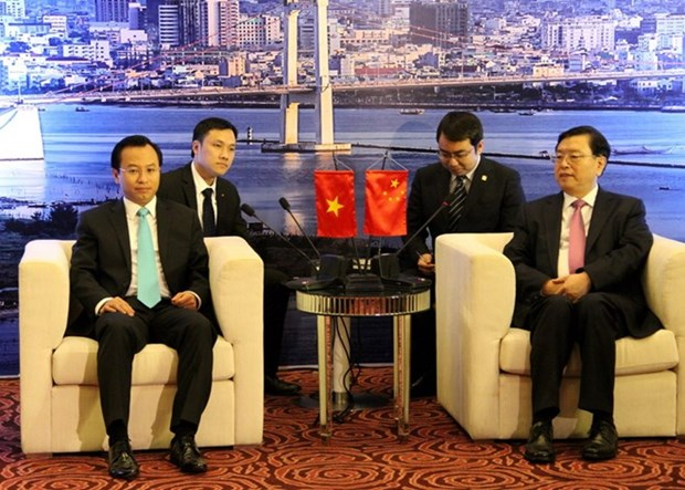 Presidente de Asamblea Popular Nacional de China visita ciudad central hinh anh 1