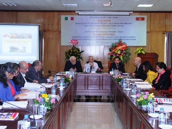 Vietnam e Italia promueven cooperacion multilateral hinh anh 1