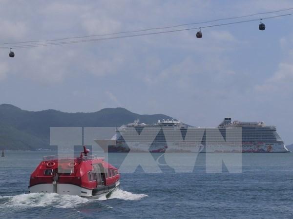 Crucero turistico internacional arribo a provincia de Vietnam hinh anh 1