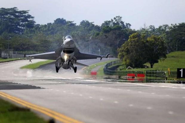 Fuerza aerea de Singapur realiza un ejercicio hinh anh 1
