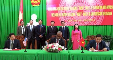 Estados Unidos busca oportunidades de inversion en provincia de Vietnam hinh anh 1