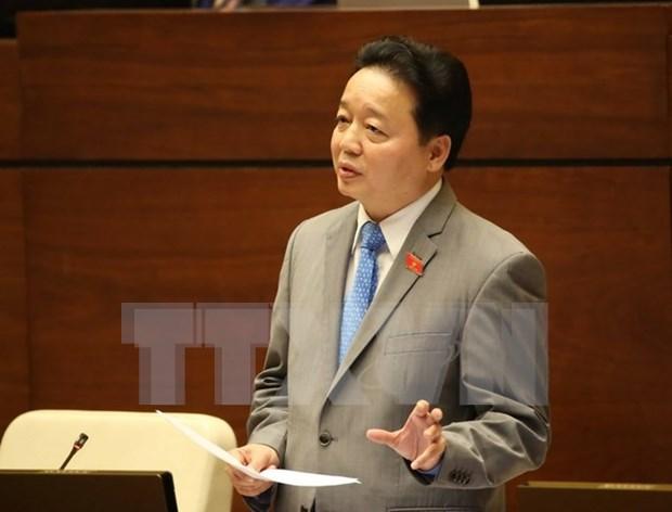 Ministro rinde cuentas ante Parlamente sobre varias cuestiones ambientales hinh anh 1