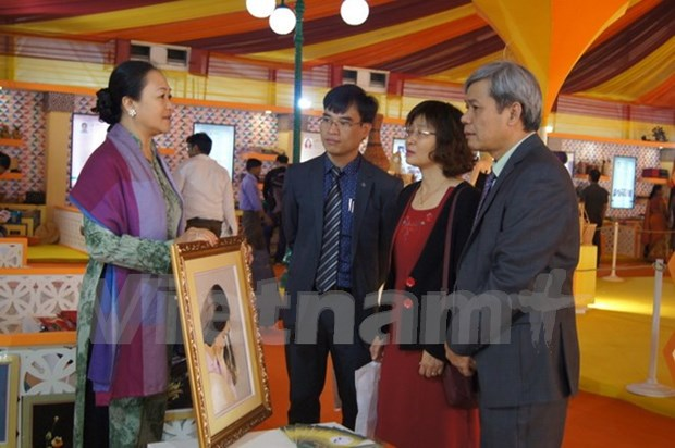 Productos artesanales de Vietnam en mayor feria de India hinh anh 1