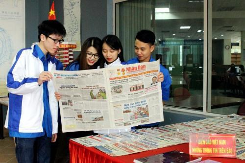 Exposicion sobre soberania insular de Vietnam hinh anh 1