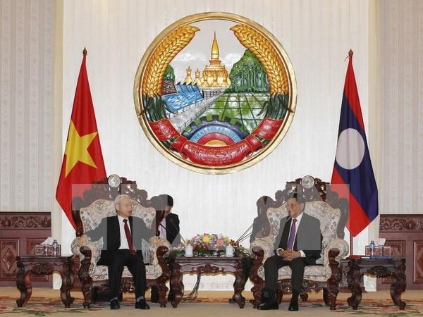 Vietnam y Laos buscan impulsar relaciones bilaterales hinh anh 1