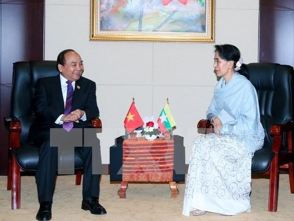 Vietnam felicita a Myanmar por el Dia de Independencia hinh anh 1