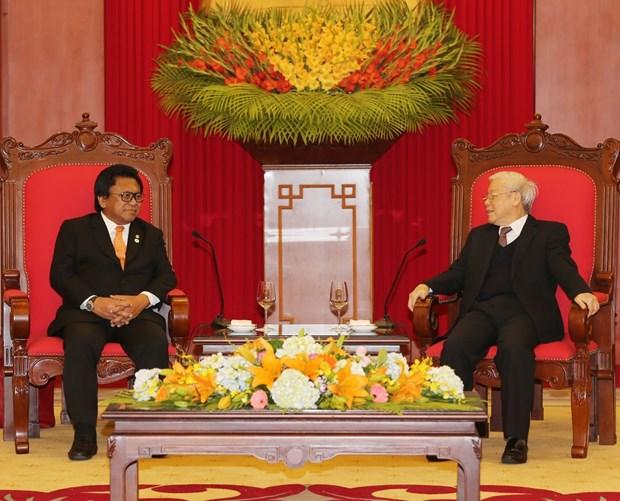 Dirigente partidista vietnamita recibe a lider legislativo de Indonesia hinh anh 1