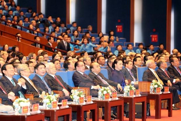 [Foto] Inauguran en Hanoi duodecimo Congreso Sindical de Vietnam hinh anh 4