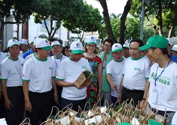 Insta primer ministro de Vietnam a reducir el uso de plasticos hinh anh 2