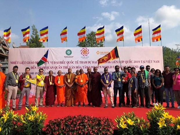 Elogian delegados internacionales al Dia de Vesak de la ONU las bellezas naturales de Vietnam hinh anh 6