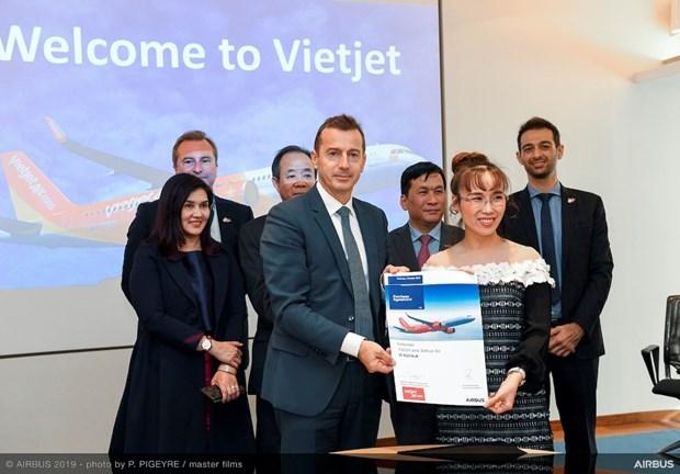 Firma Vietjet contrato para comprar 20 aviones Airbus hinh anh 2