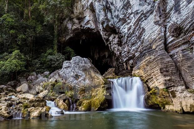Cueva de Tu Lan: belleza salvaje y magica de la naturaleza hinh anh 3