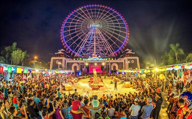 Incentivan desarrollo de economia nocturna en la ciudad vietnamita de Da Nang hinh anh 2