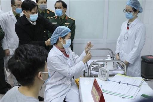 Senales optimistas sobre la vacuna vietnamita NanoCovax hinh anh 3