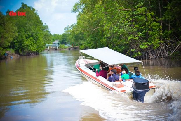 Desarrollo de turismo sostenible en el extremo sur de Vietnam hinh anh 3