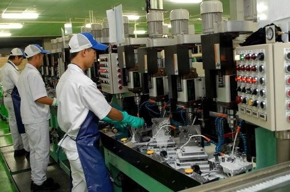 Vietnam incentiva desarrollo de industria auxiliar hinh anh 1