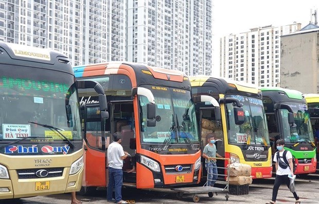 Ofrecen en Vietnam apoyo a empresas de transporte para superar dificultades causadas por el COVID-19 hinh anh 1