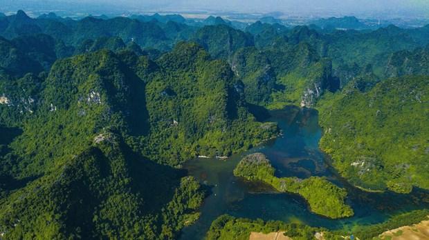 Provincia vietnamita de Ninh Binh, destino seguro para turistas hinh anh 1