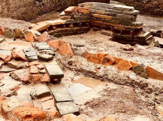 Presentan nuevos descubrimientos arqueologicos de antigua capital vietnamita hinh anh 1
