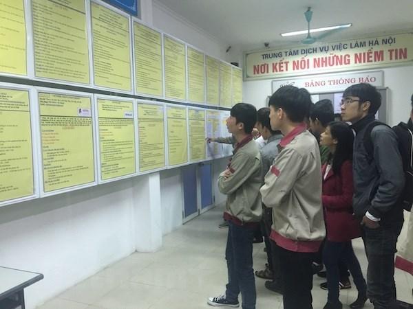Millones de trabajadores vietnamitas se ven afectados por el COVID-19 hinh anh 2