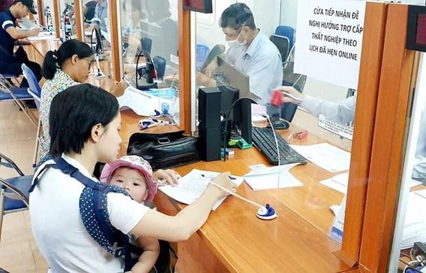 Millones de trabajadores vietnamitas se ven afectados por el COVID-19 hinh anh 1