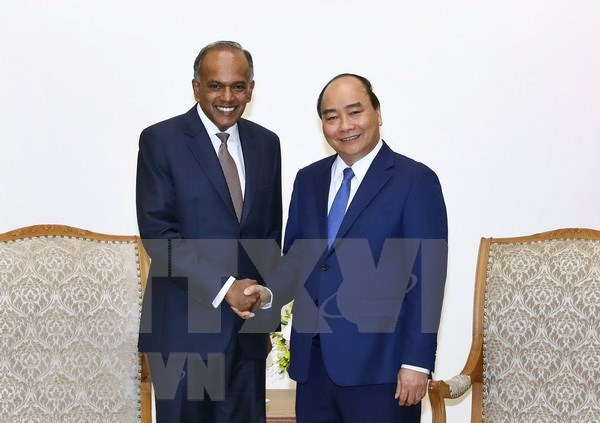 Premier de Vietnam aboga por fomentar lazos con Singapur en seguridad cibernetica hinh anh 1