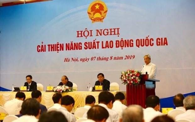 Barreras institucionales obstaculizan elevacion de la productividad de Vietnam, segun expertos  hinh anh 2