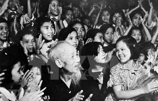 Testamento del Presidente Ho Chi Minh: antorcha de camino revolucionario de Vietnam  hinh anh 1