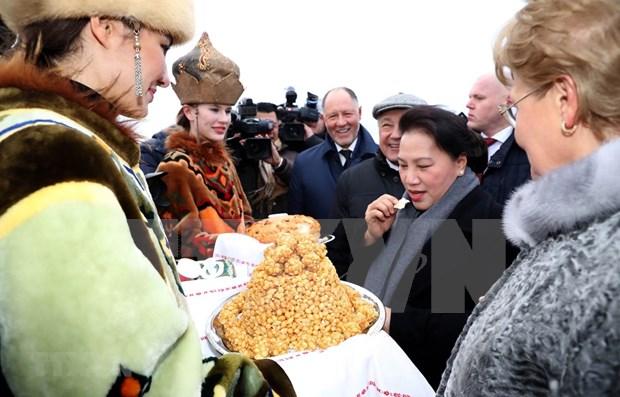 Presidenta del Parlamento de Vietnam arriba a Rusia para iniciar su visita oficial hinh anh 1