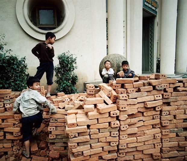 Exposicion de fotografo aleman brinda al publico vision sobre Hanoi en epoca antigua hinh anh 1