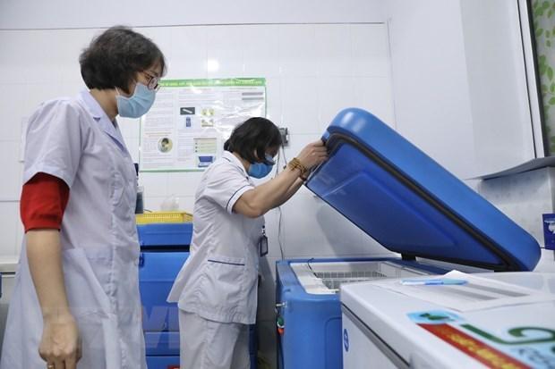 Vietnam por garantizar cobertura de vacunacion antiCOVID-19 a todos pobladores hinh anh 2