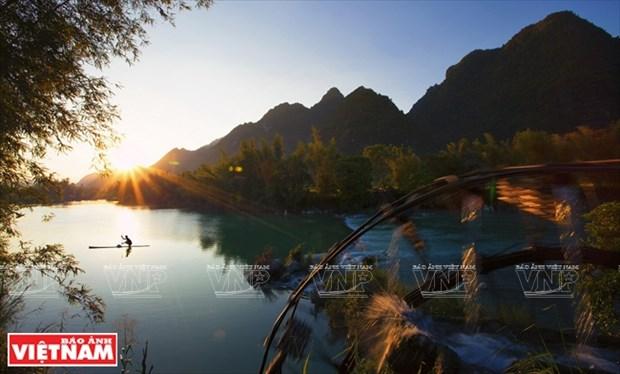 [Fotos] Region del Noroeste de Vietnam a traves de la camara de Nguyen Huu Thong hinh anh 4