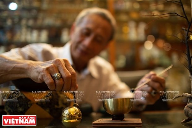 [Fotos] Bui Duc Tam, coleccionista de campanas en Ciudad Ho Chi Minh hinh anh 3