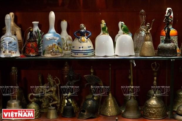 [Fotos] Bui Duc Tam, coleccionista de campanas en Ciudad Ho Chi Minh hinh anh 5