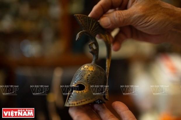 [Fotos] Bui Duc Tam, coleccionista de campanas en Ciudad Ho Chi Minh hinh anh 9