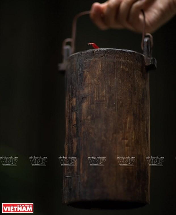 [Fotos] Bui Duc Tam, coleccionista de campanas en Ciudad Ho Chi Minh hinh anh 19