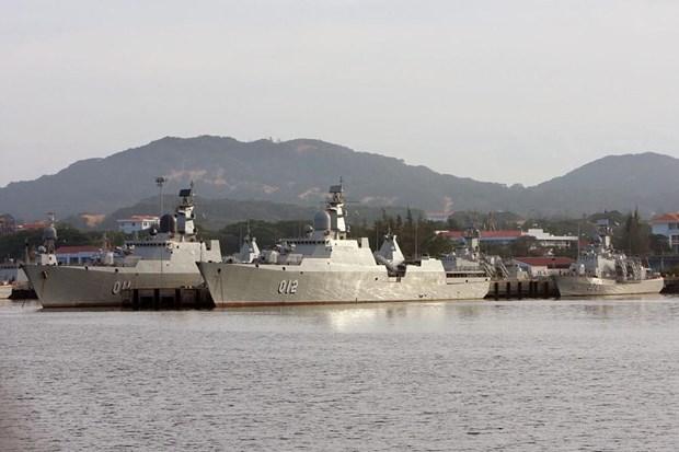 [Fotos] Fuerzas marinas vietnamitas, listas para defender soberania nacional hinh anh 10