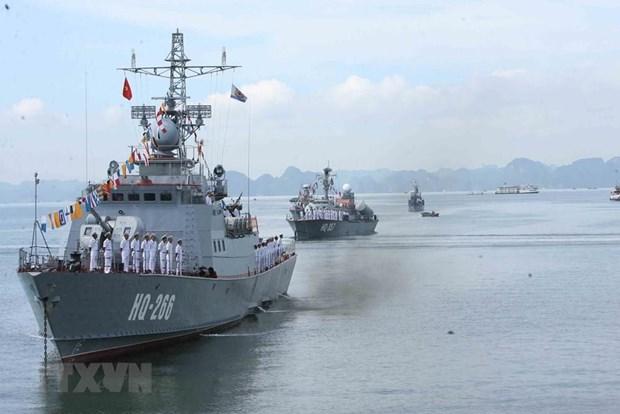 [Fotos] Fuerzas marinas vietnamitas, listas para defender soberania nacional hinh anh 13