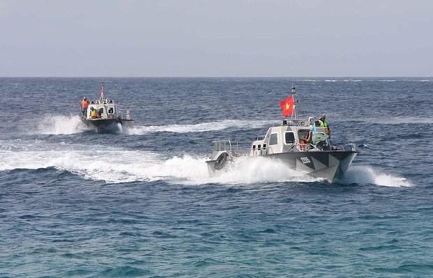 [Fotos] Fuerzas marinas vietnamitas, listas para defender soberania nacional hinh anh 16