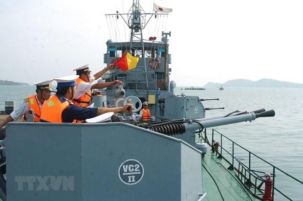 [Fotos] Fuerzas marinas vietnamitas, listas para defender soberania nacional hinh anh 8